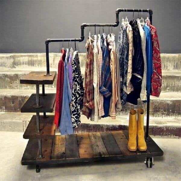 Guarda roupa sem porta arara em PVC