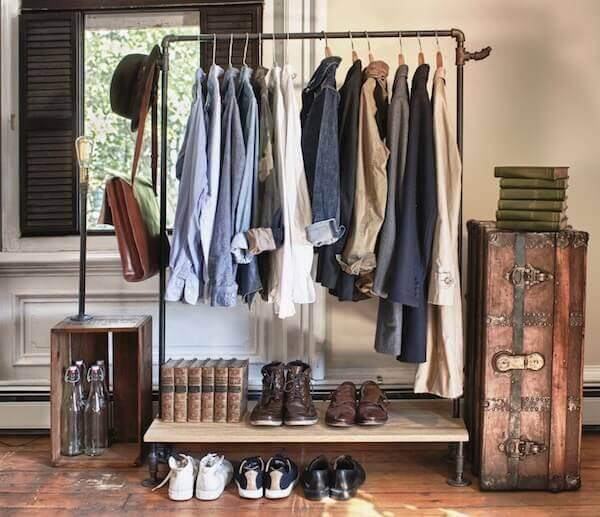 Guarda roupa sem porta tipo arara