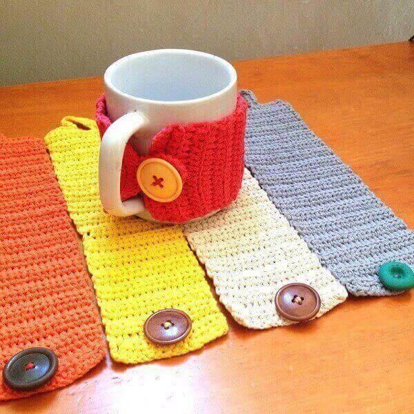 Lembrancinhas Para o Dia dos Pais caneca com protetor de crochê
