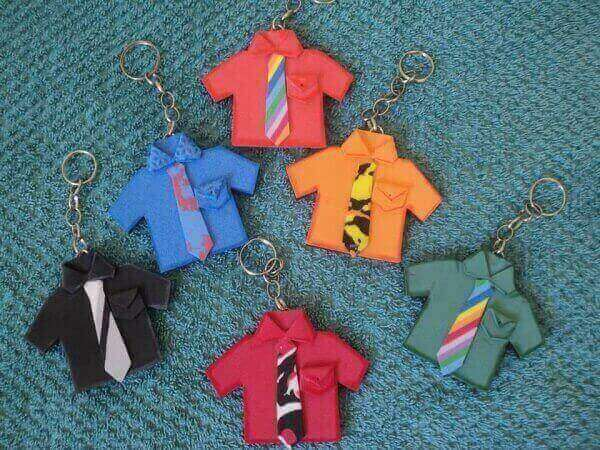 Lembrancinhas para o dia dos pais chaveiro de camisas