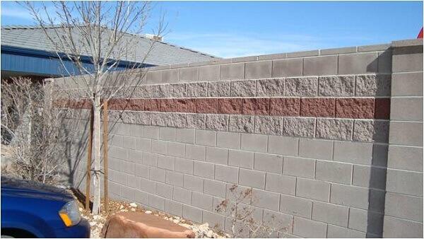 Muros de casas com bloco aparente