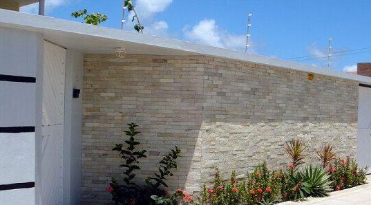 Muros de casas modernas