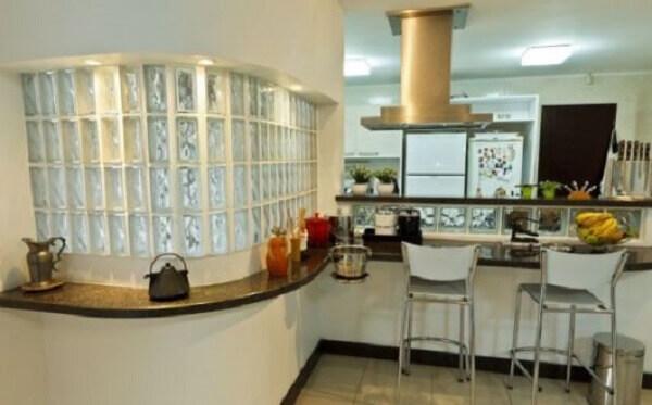 Parede de Vidro em balcão de cozinha