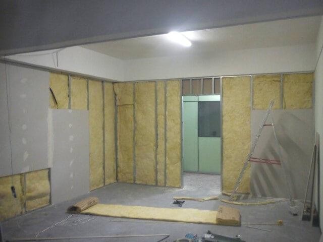 Parede de drywall com isolamento acústico