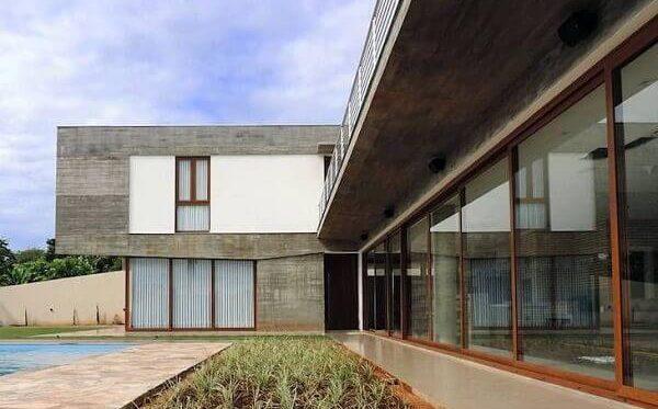 Parede de vidro em projeto de arquitetura