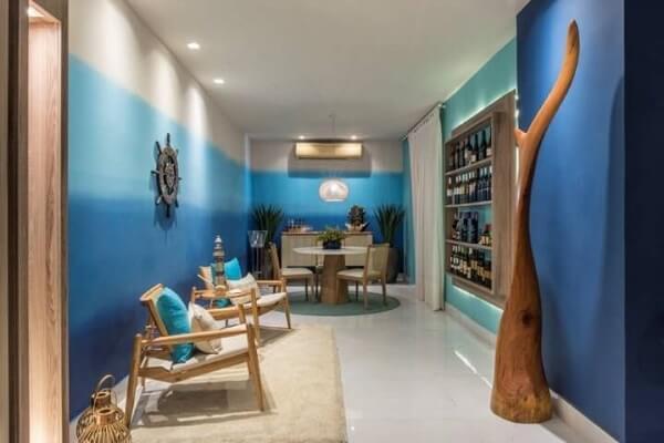paredes em tons de azul em degradê