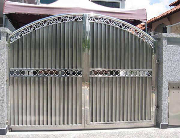 Portão de alumínio decorativo