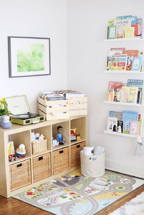 Procure investir em um tapete interativo no quarto montessoriano