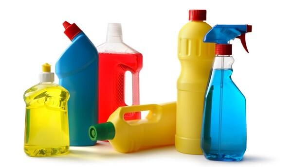 Produtos de limpeza embalagens