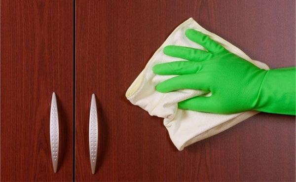 Produtos de limpeza para móveis de madeira