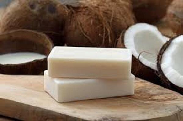 Produtos de limpeza sabão de coco
