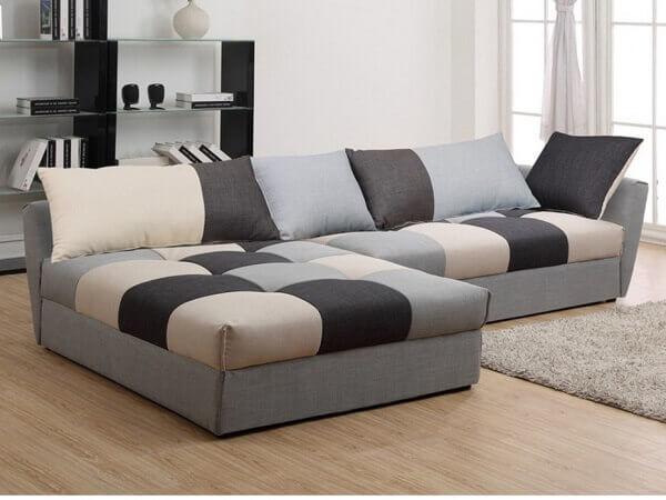 Salas modernas com sofás contemporâneos