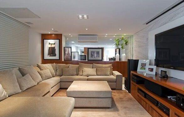 Salas modernas com sofá grande