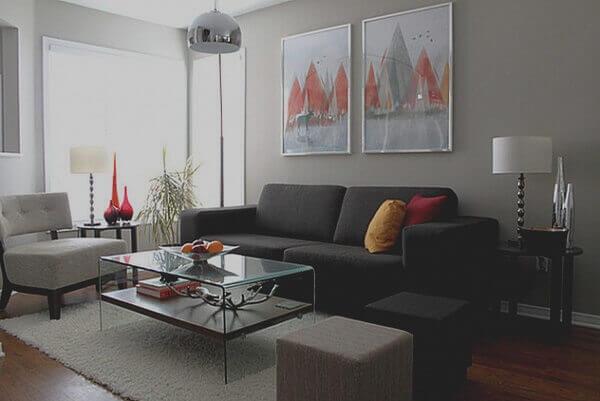 Salas modernas e sofás cinza