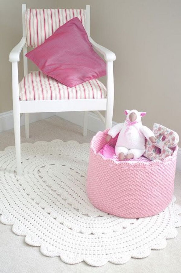 Tapete de crochê oval delicado para quarto de menina