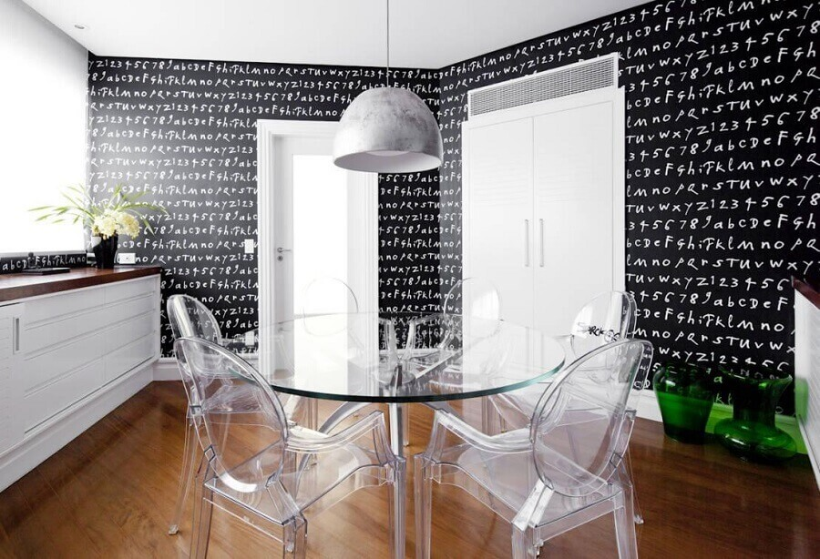 cadeiras transparentes para mesa redonda de vidro Foto Homify