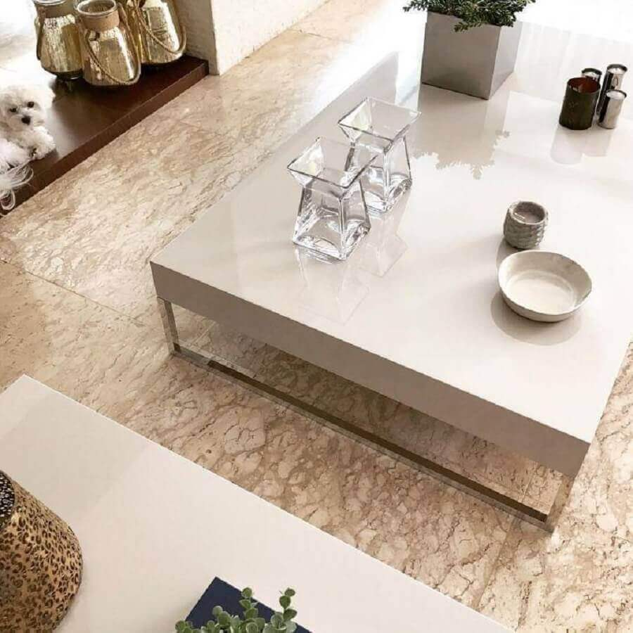 casa com piso de mármore travertino - Foto Eliane Diesel