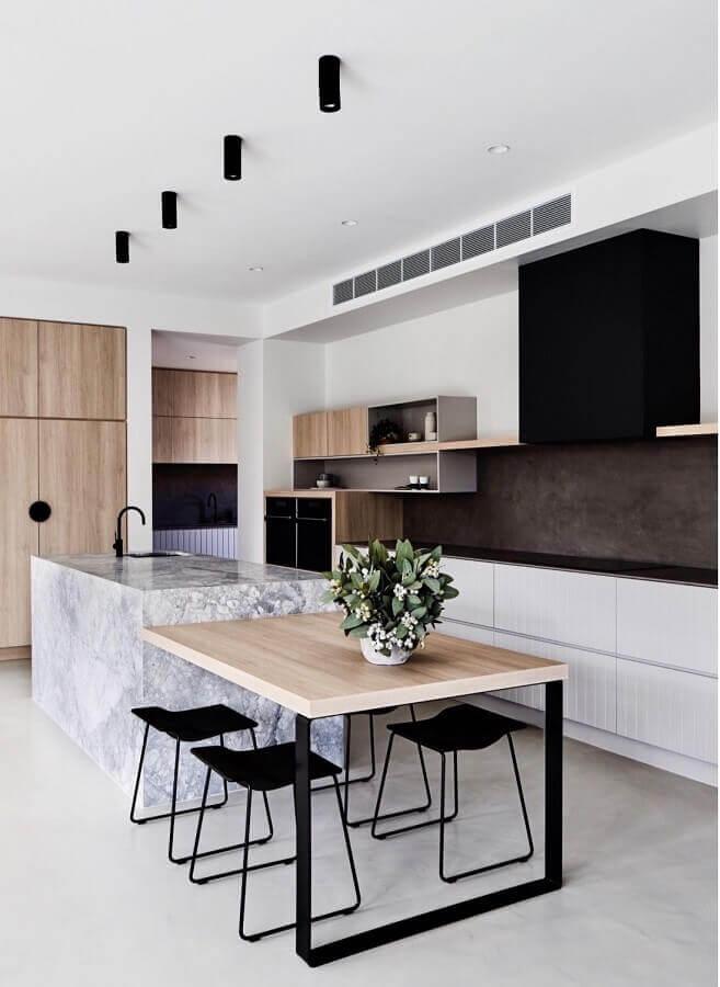 cozinha moderna e minimalista com ilha de mármore carrara - foto pinterest