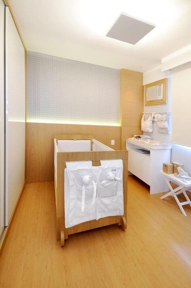 decoração clean para quarto de bebê pequeno planejado