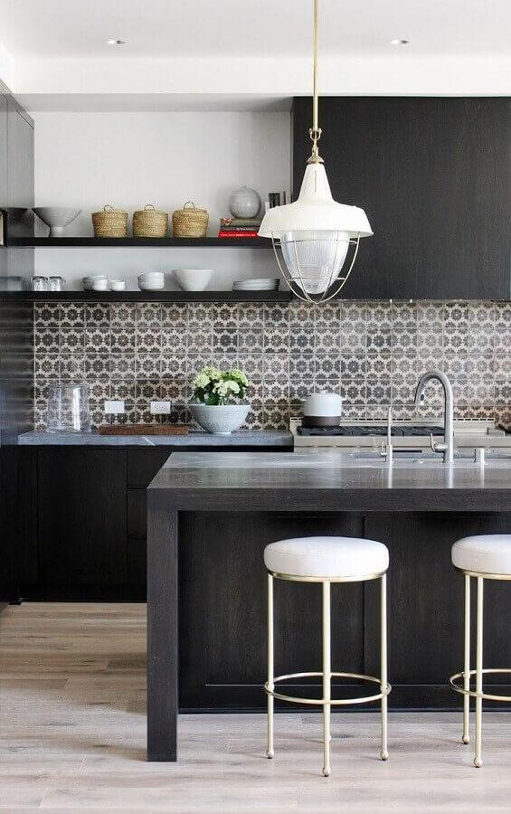 decoração com azulejo para cozinha preta Foto Cut & Paste