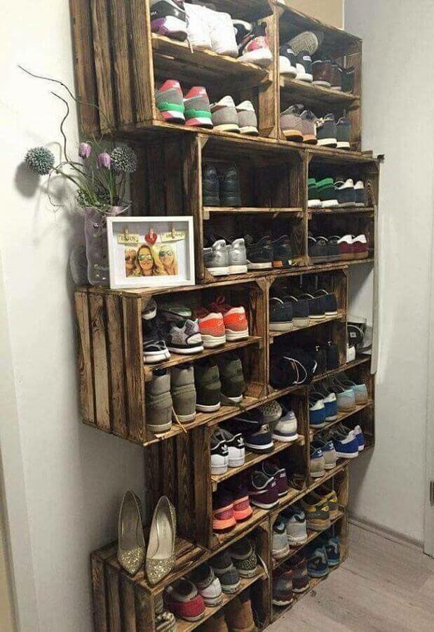 decoração rústica para organização de sapatos