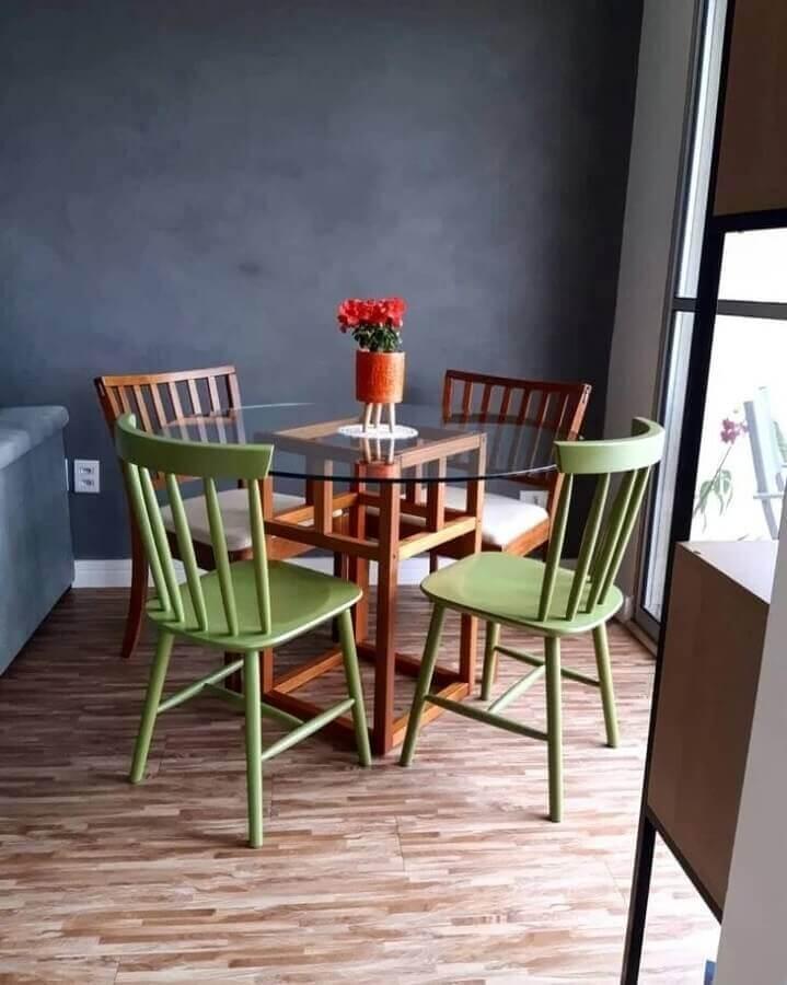 decoração simples com mesa redonda de vidro Foto OCA 21