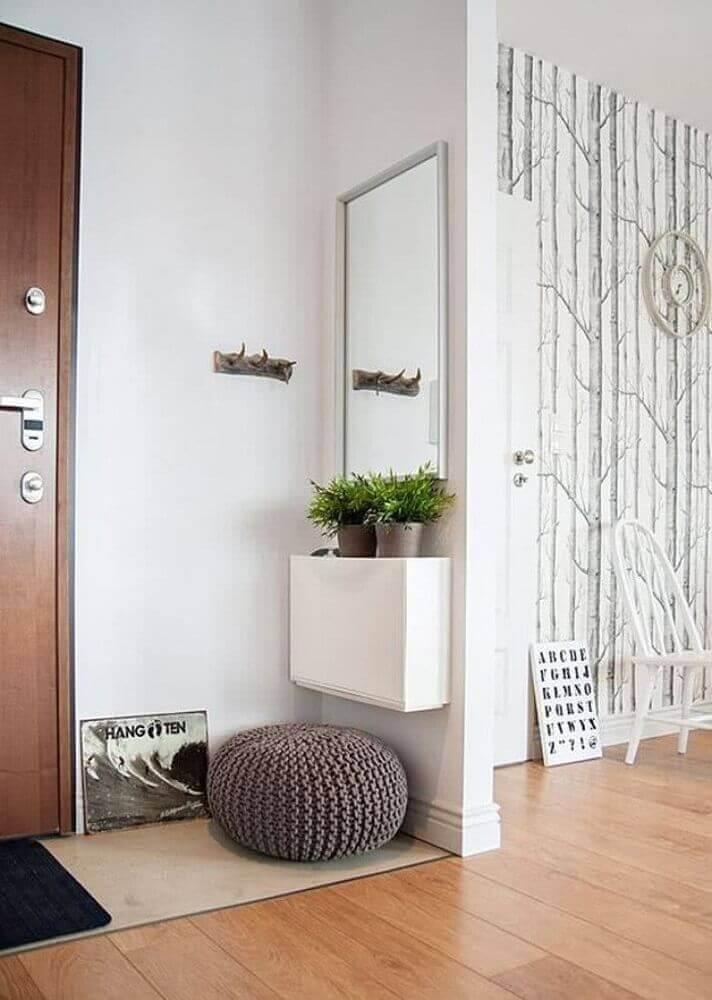 modelo pequeno de aparador para hall de entrada