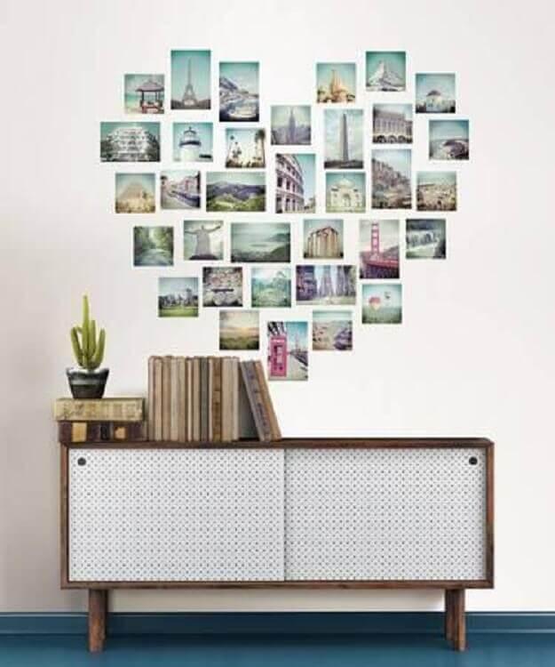 mural de fotos em formato de coração decorando aparador
