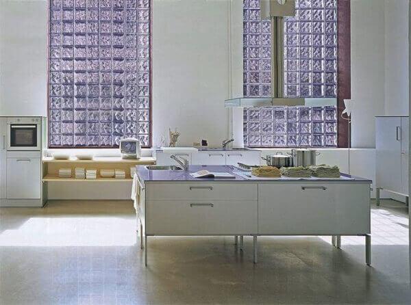 parede de vidro em área gourmet