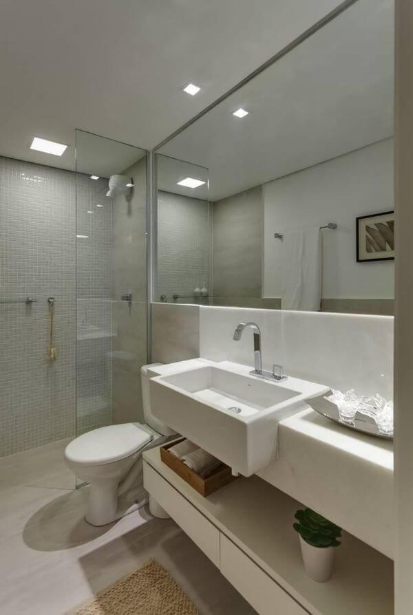 Piso para banheiro com revestimento em pastilha