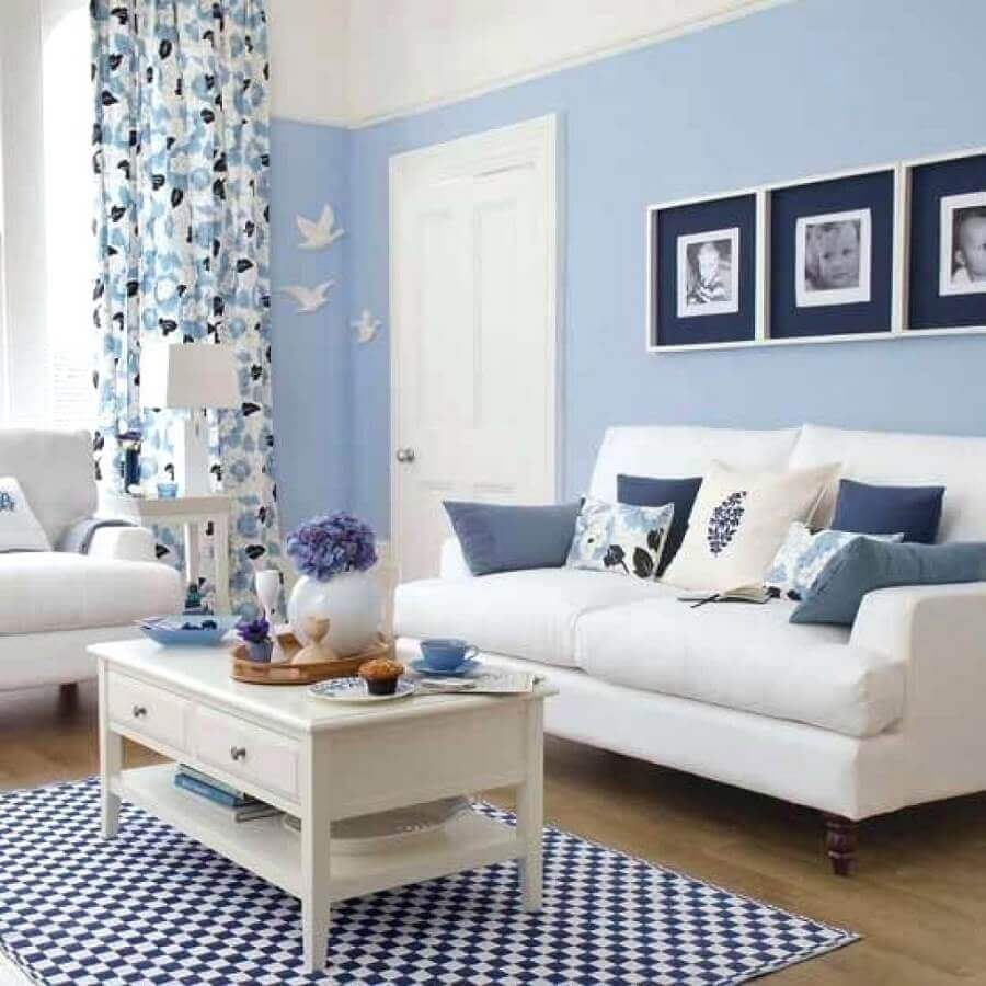 sala de estar decorada em tons de azul Foto Home Design Interior