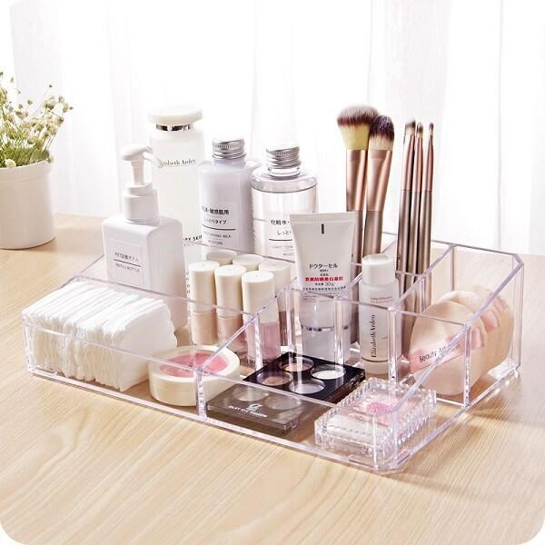 Modelo de organizador de maquiagem pequeno