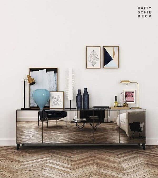 Aparador espelhado com armário