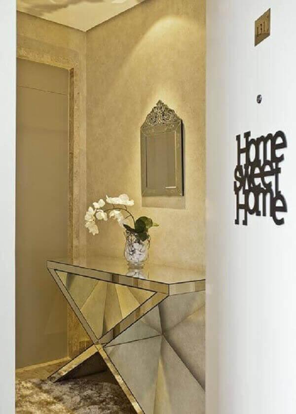 Aparador espelhado para entrada