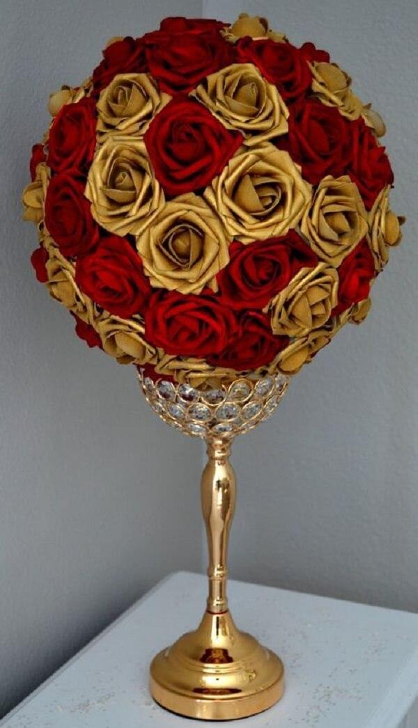 Arranjo magnífico formado por flores de EVA