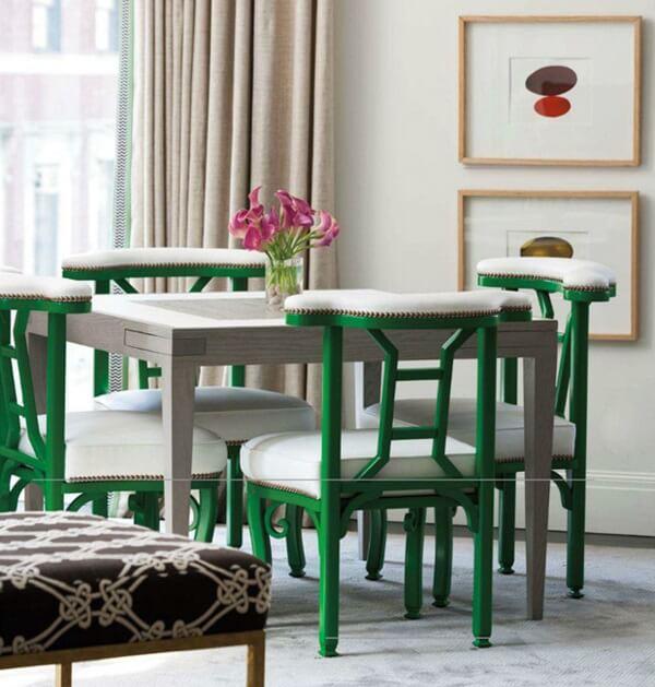 Cadeiras coloridas para a mesa da sala de jantar, que tal?
