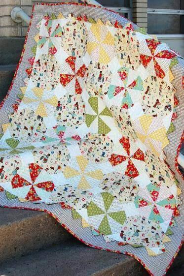 Colcha de patchwork com padrões diferentes
