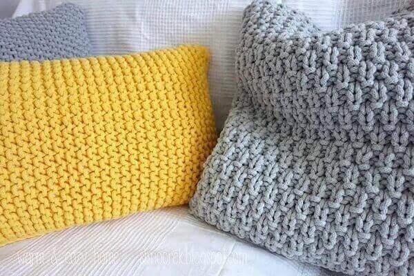 Crochê almofadas cor cinza e amarelo