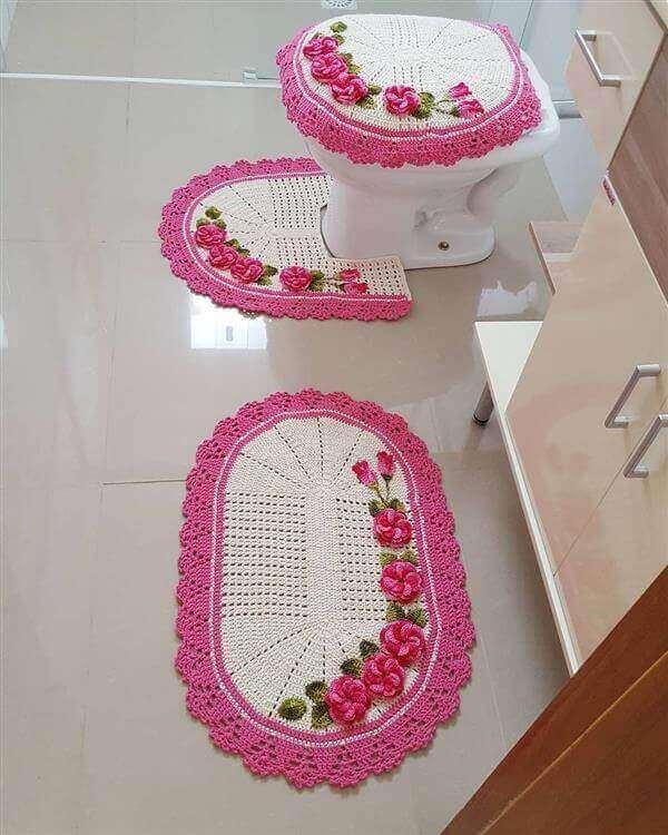 Crochê tapete banheiro rosa