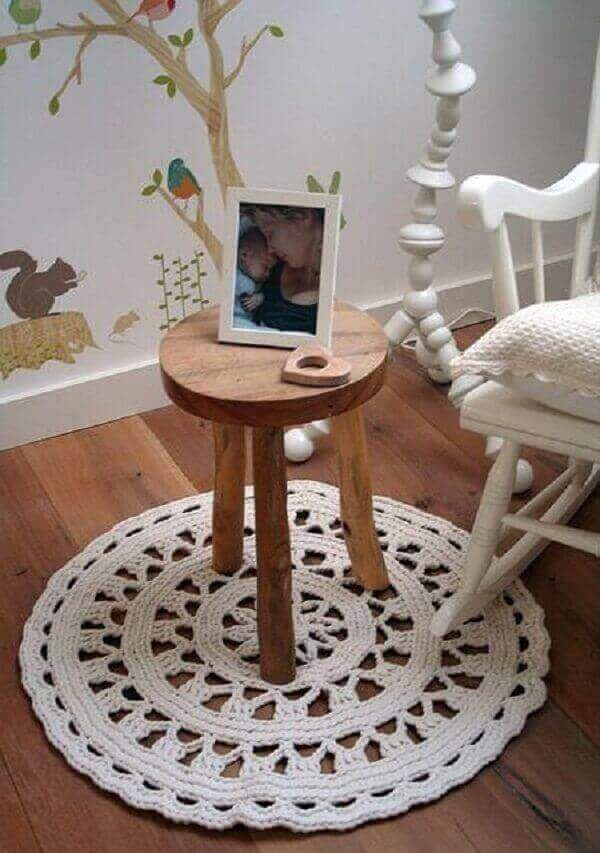 Crochê tapete branco quarto de bebê