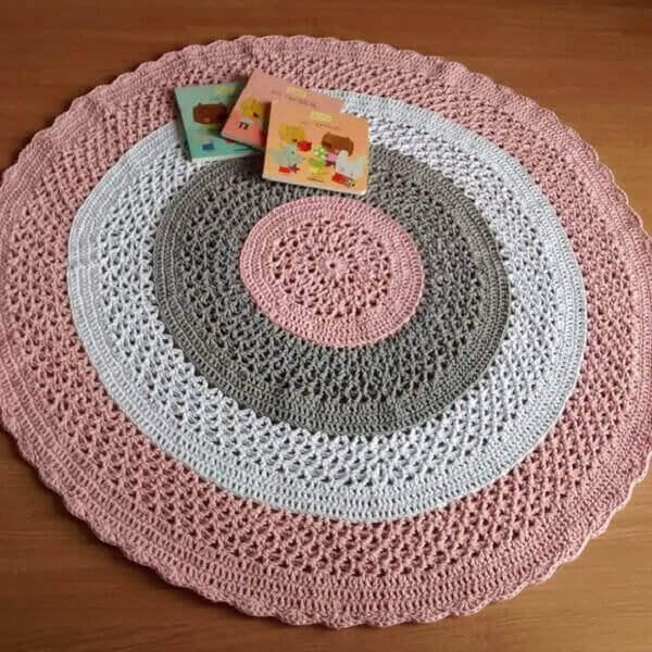 Crochê tapete para quarto de menina