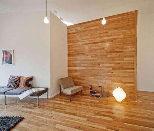 Divisória de madeira para casa grande