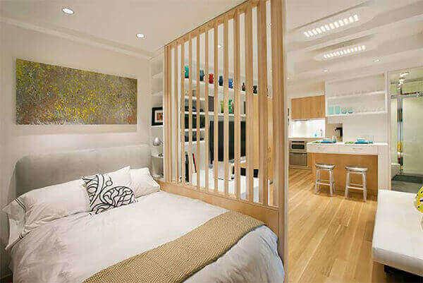 Divisória de madeira para quarto de casal pequeno