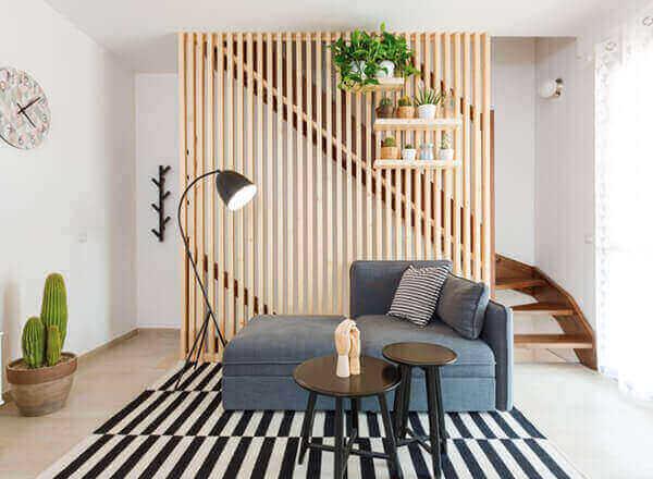 Divisória de madeira para sala de estar