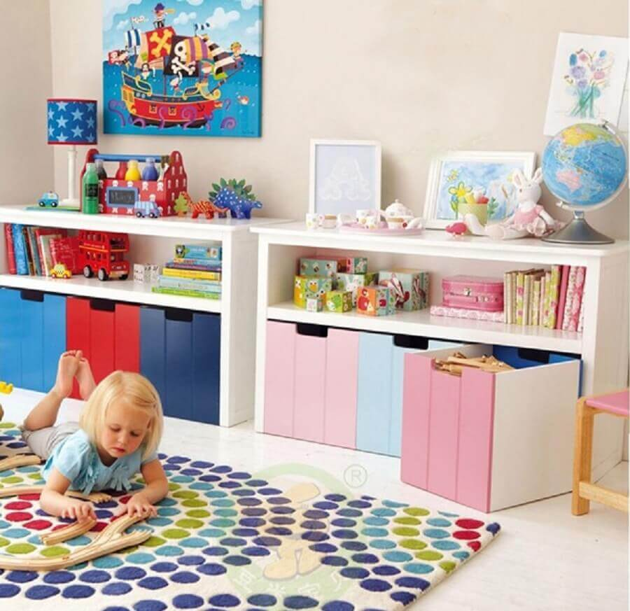 Espaço de brinquedos com caixas organizadoras Foto Luxry Sale