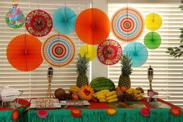 Festa Havaiana decoração leva um clima tropical