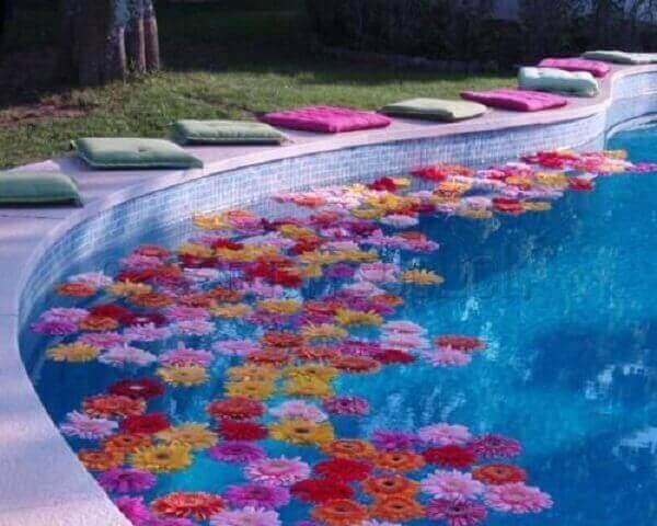 Festa havaiana decoração de piscina