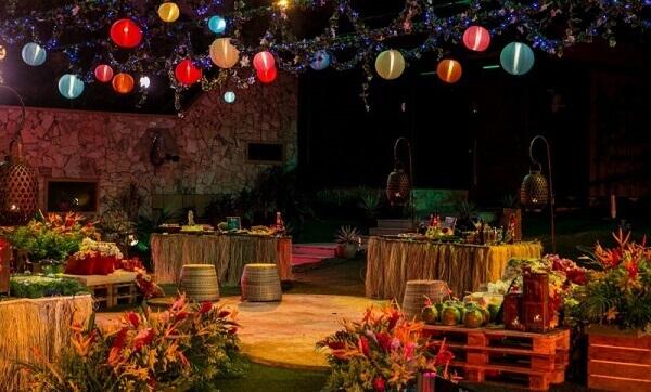 Festa havaiana luau
