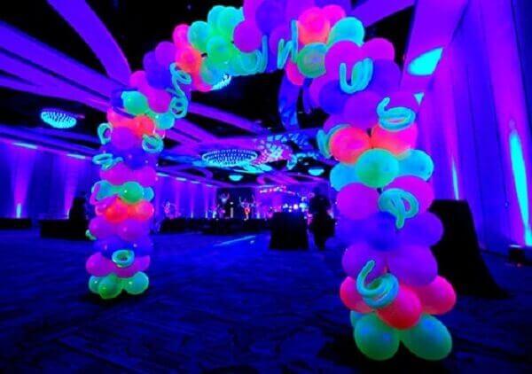 Festa neon decoração de espaço