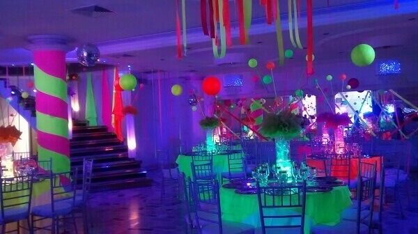Festa neon grande